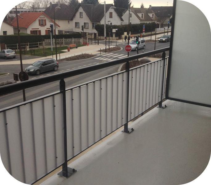 brise vue balcon pare vue et brise vent en plexiglas. Black Bedroom Furniture Sets. Home Design Ideas