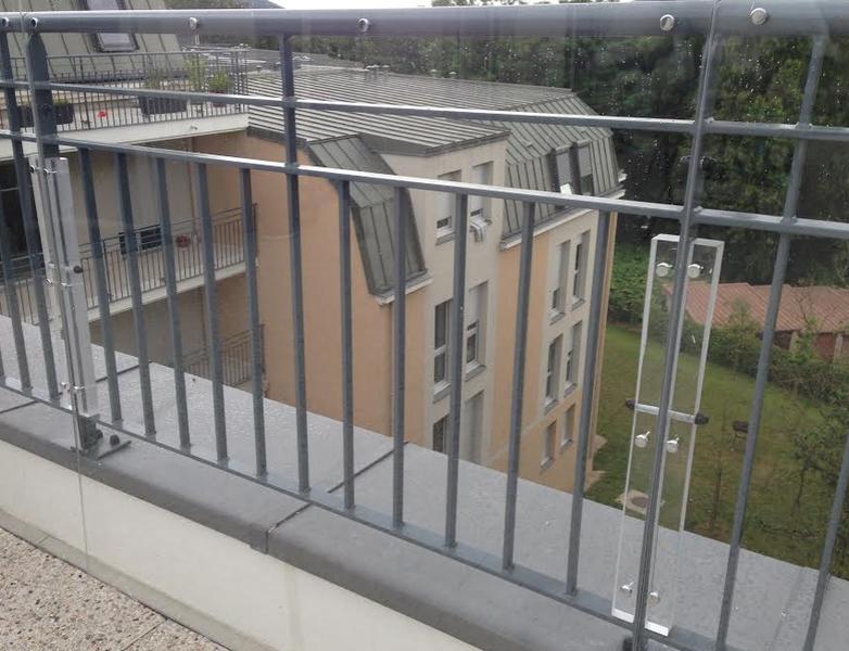 brise vent plexiglas pour terrasse good bache coupe vent pour terrasse with brise vent. Black Bedroom Furniture Sets. Home Design Ideas